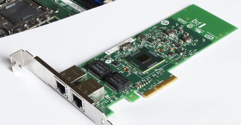 Intel Gigabit ET Dual Port Server Adapter — E1G42ET